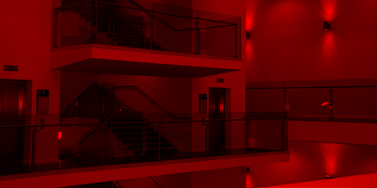 Ulster Museum 1200 red